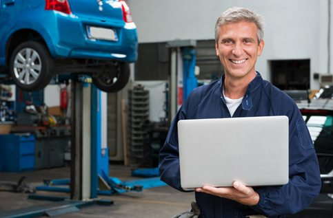 Auto Mechanic from- NOLA Automotive Repairs - New Orleans
